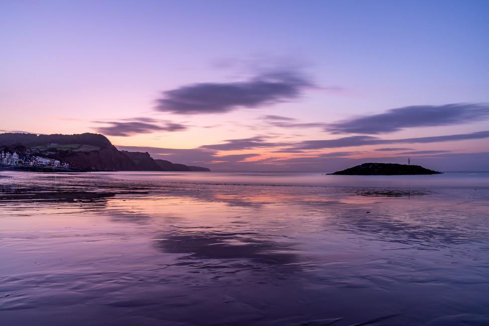 AR32654 Dawn colours on Sidmouth Beach