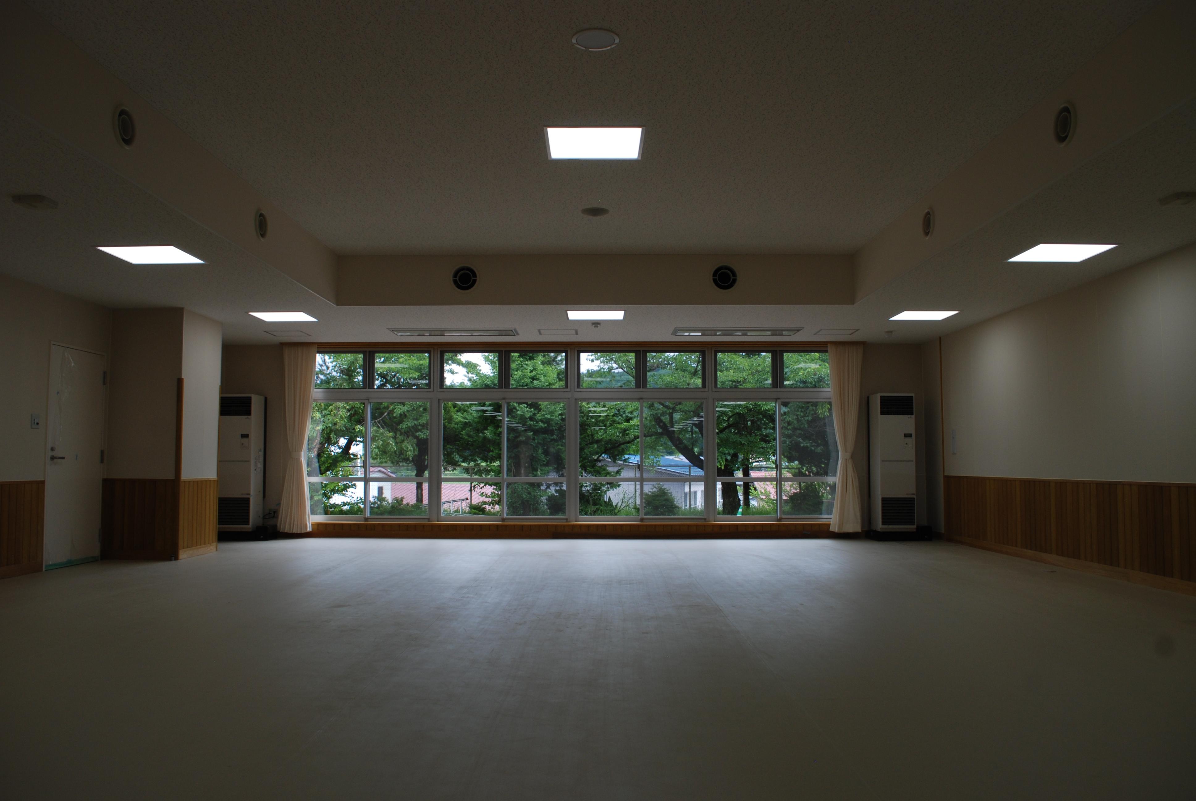 福島県田村市立大越小学校 内観