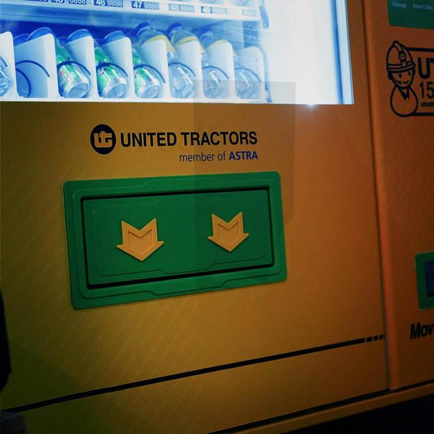 united tractors 3.jpg