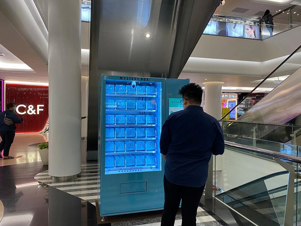 mystery box vending machine plaza indonesia.webp