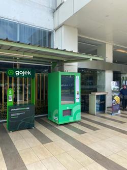 Gojek Vending Machine