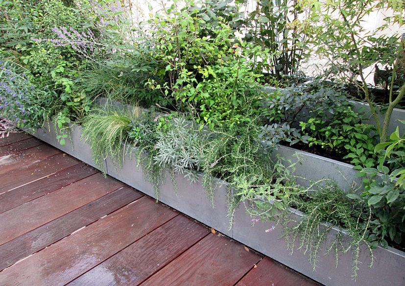 tontonzingueur zinc fontaine bassin mur d 39 eau jardiniere pot. Black Bedroom Furniture Sets. Home Design Ideas