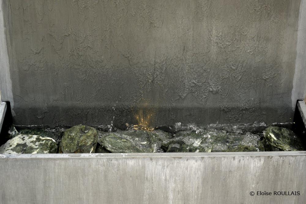 Fontaine Bassin Zinc mur d'eau