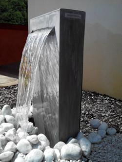 Fontaine 'sèche' zinc