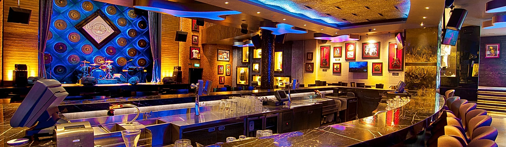 Masthead_Hard-Rock-Cafe.jpg