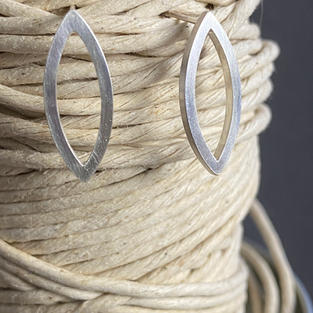 SIMPLE LEAF EARRINGS. LARGE £45 + p&p