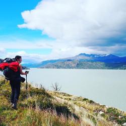 Day 6: Hike along Lake Grey