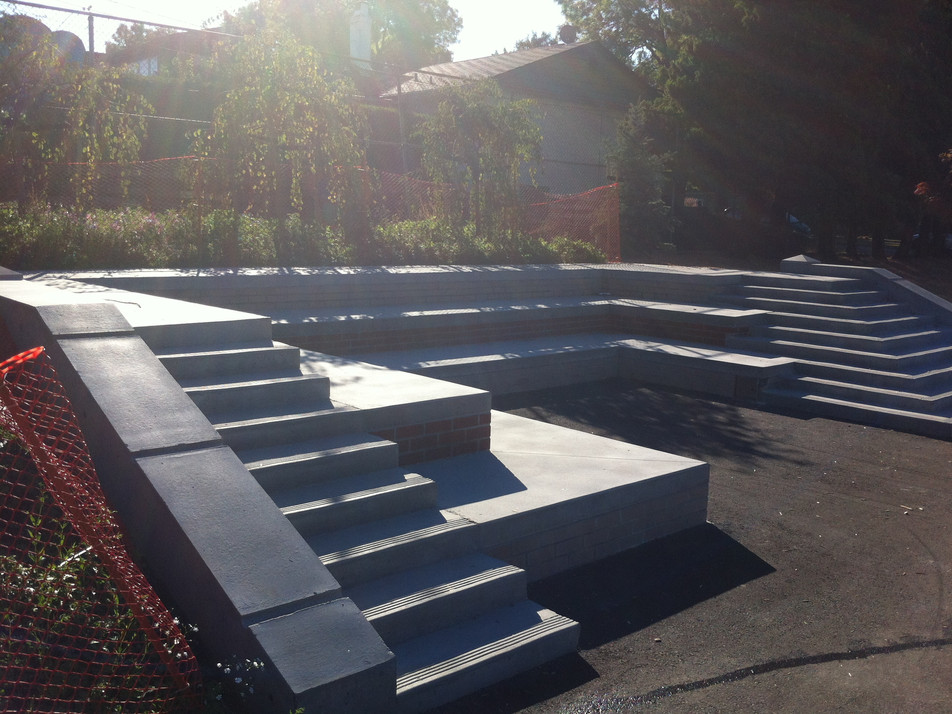 Laura Secord Elementary school amphitheatre design Client: Vancouver School District& Parent Advisory Council Part of an overall site design as Project Manager for Jonathan Losee Ltd.