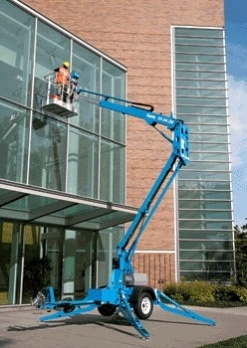 GENIE TOWABLE BOOM LIFT