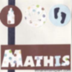 Faire-part naissance ou baptême Mathis: petits pieds et biberons sur carte ivoire, chocolat et bleu à pois.