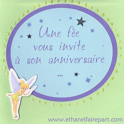 Carte d'invitation anniversaire: poussière d'étoiles et fée Clochette,  violet, parme et vert pastel.