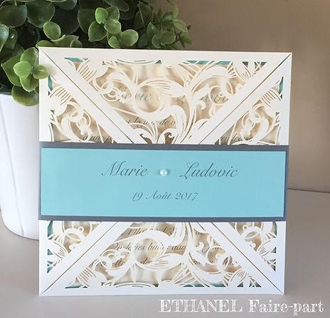 faire part mariage ciselé façon dentelle ivoire et bleu pastel