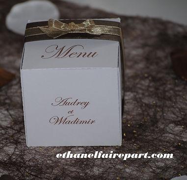 Menu mariage en forme de boite