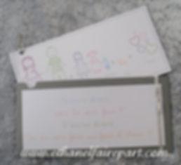 Carte annonce grossesse: gris, pastel et ruban argent.