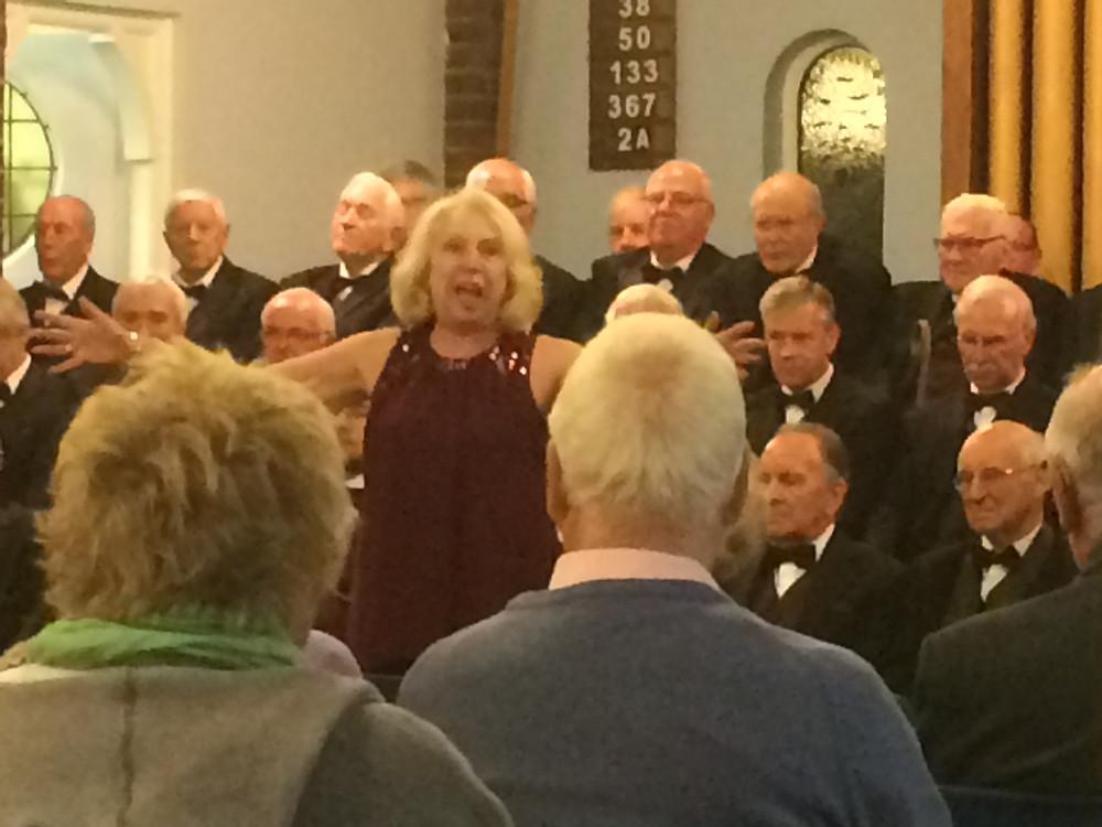 Sue Holtom singing