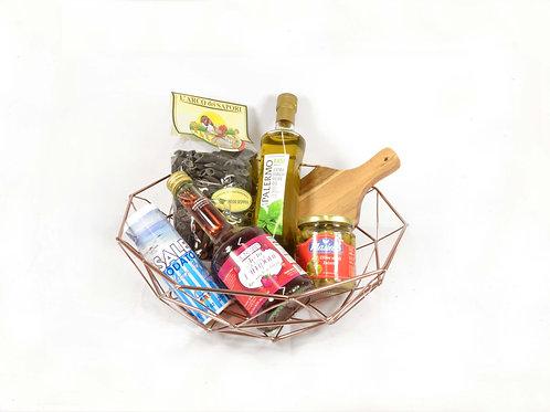 Classic Gift Basket