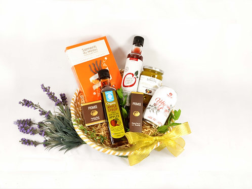 Extravagent Gift Basket for her