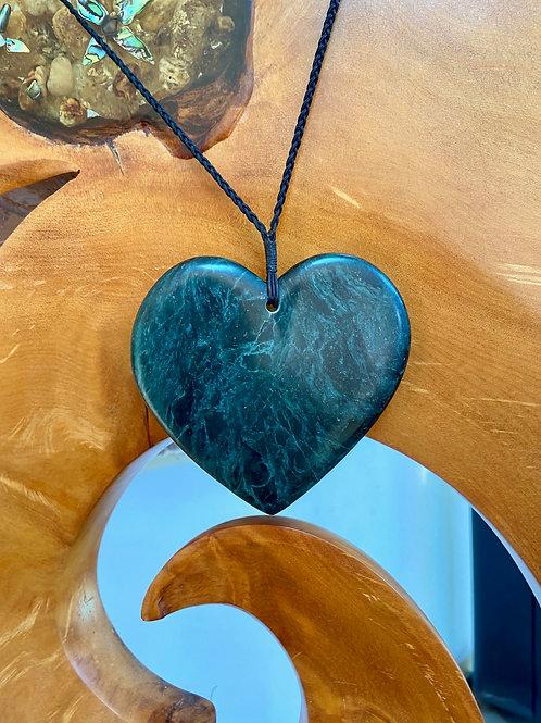Kawakawa Pounamu Heart