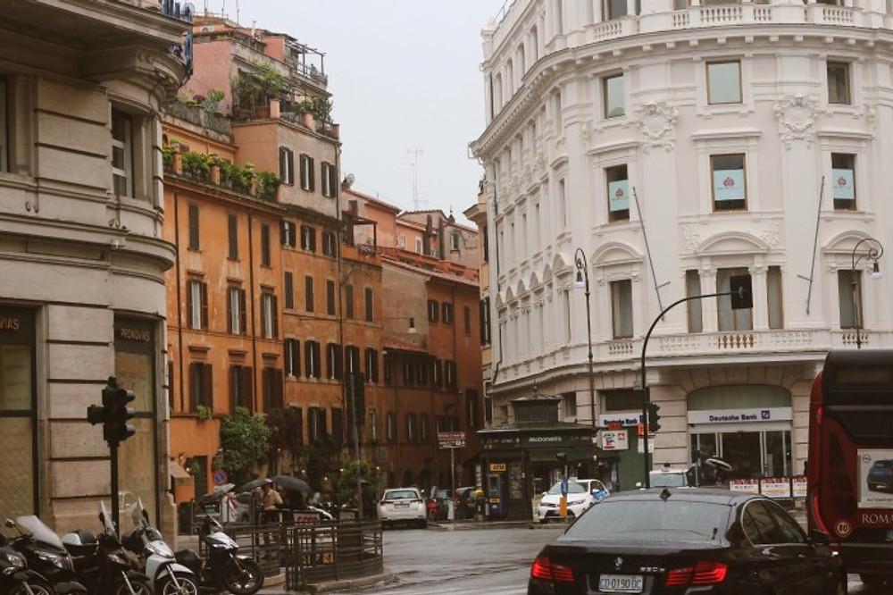 travel diary in roma