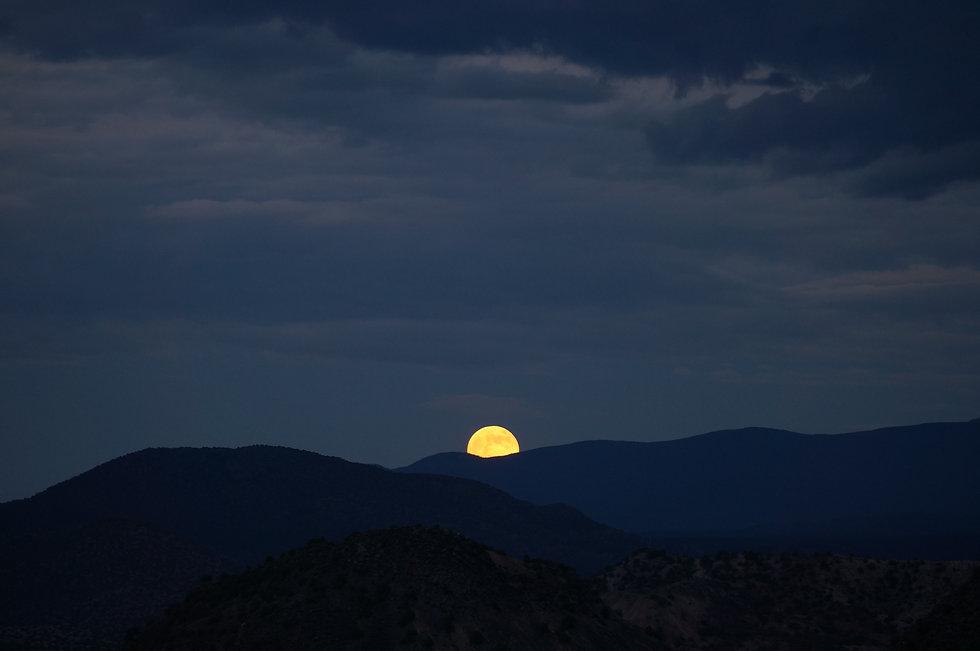 Moonrise_Santa Fe_New Mexico_Resonance_M