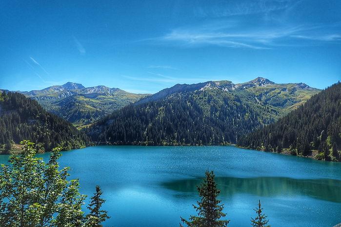 Lac arêches.jpg