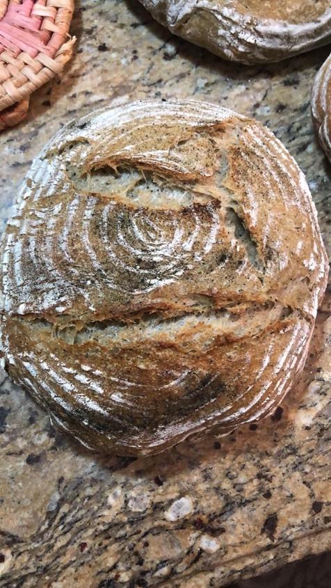 Spirulina bread 2.jpg
