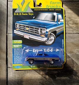 1/64 1978 Chevy K10 Silverado Blue and Gray