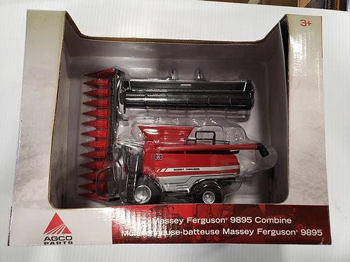 1/64 MF 9895 Combine