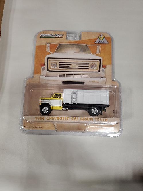 1/64 1984 Chevy C65 Grain Truck Yellow  w/ White Bed