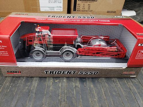 1/64 Case IH Trident 5550