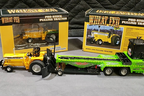 1/64 Wheat Fed Pulling Tractor and 1/64 GrassHopper Pulling Sled