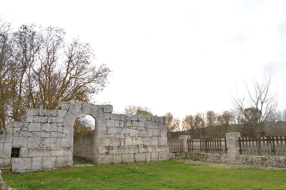 Restos del monasterio de Santa María de Matallana