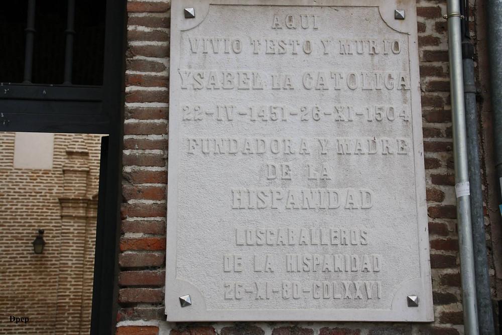 Placa en honor a Isabel la Católica en Medina del Campo