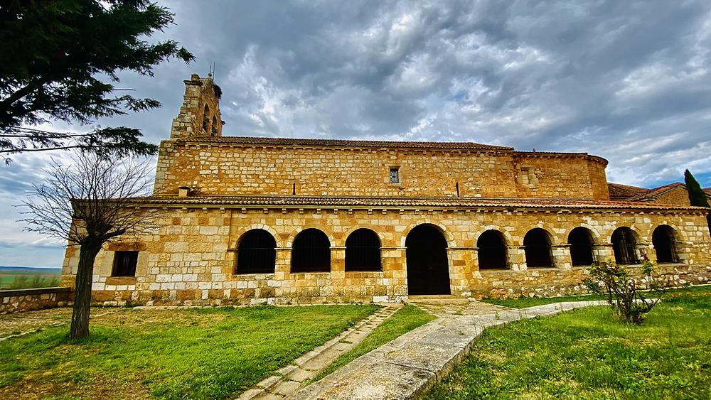 Lateral de la Iglesia de la Natividad