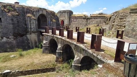 El Real Fuerte de la Concepción, la ruina habitada