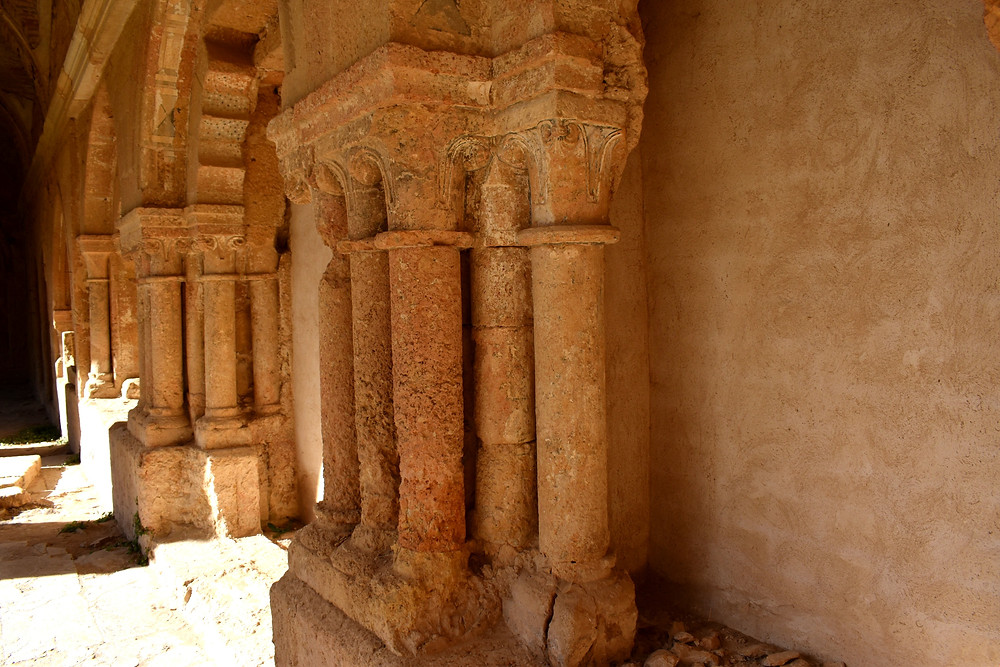 Detalle arquitectónico de Monasterio de Santa María de Sandoval