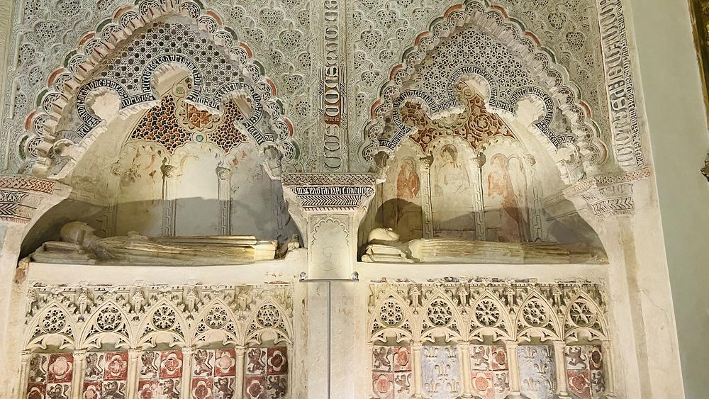 Sepulcros gótico-mudéjares de Cuéllar