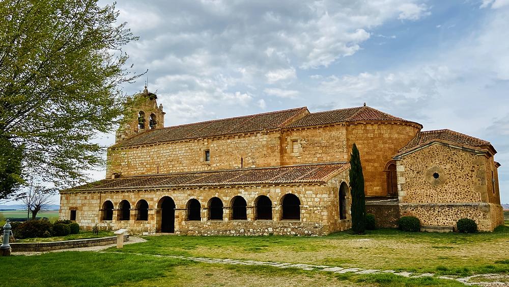 Iglesia romanica de la Natividad