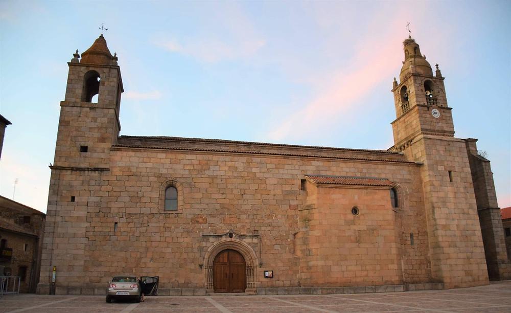 Iglesia de Nuestra Señora entre Dos Álamos