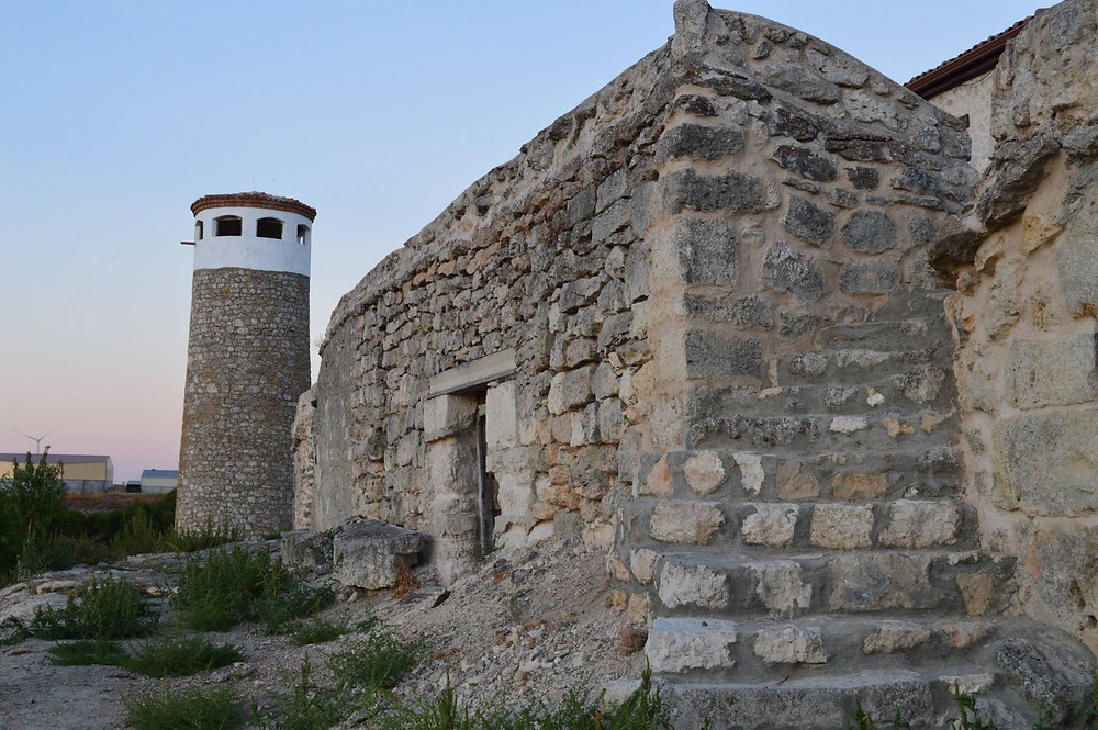 Restos de la muralla de Peñaflor de Hornija