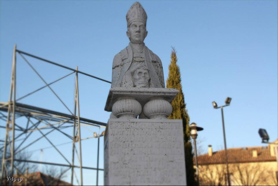 Busto de Fray Antonio Alcalde de Cigales