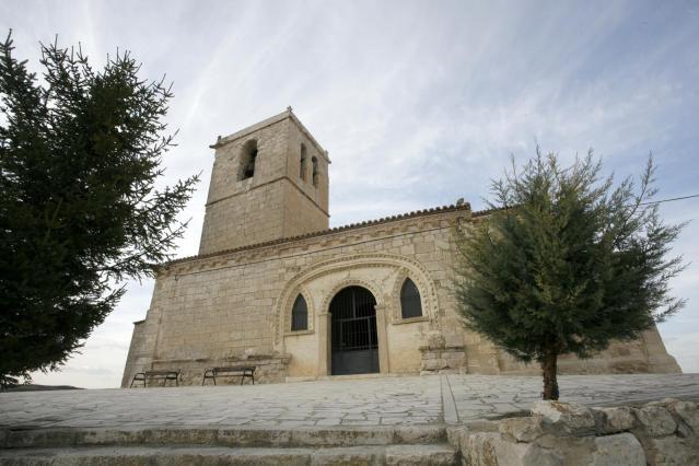 Iglesia de San Pedro Apostol de Langayo
