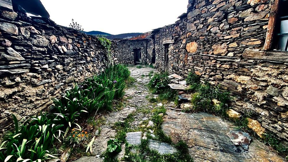 Calle sin pavimentar de El Muyo