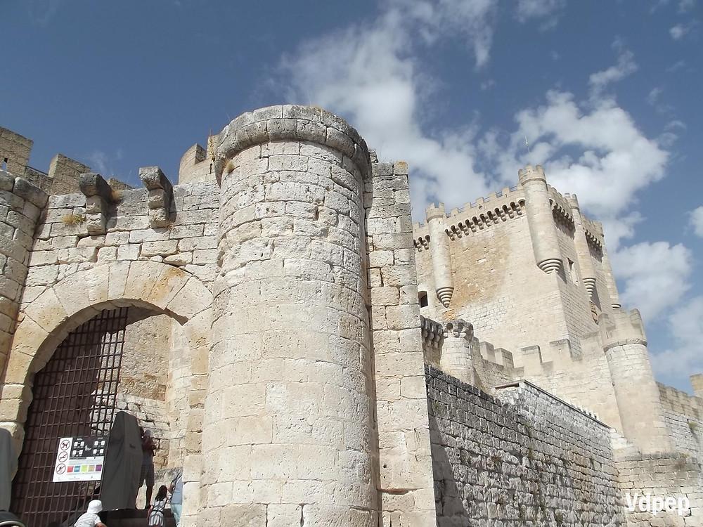 Entrada al Castillo de Peñafiel