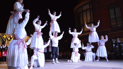 La eterna lucha contra el olvido del folklore castellano
