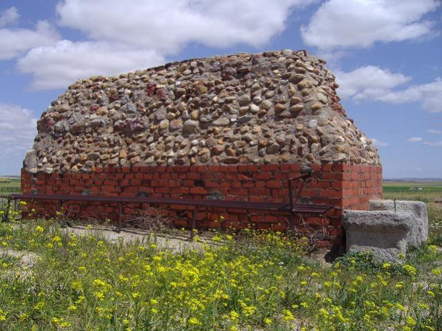 Restos del torreón en Carpio