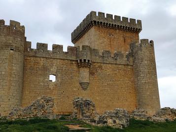 Villalonso, un pueblo a la sombra de un castillo