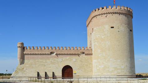Viaje de leyenda por 10 castillos imponentes de la provincia de Ávila