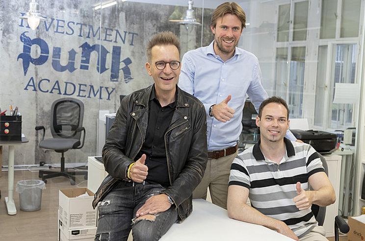 Investment_Punk_-_Bürofoto.jpg