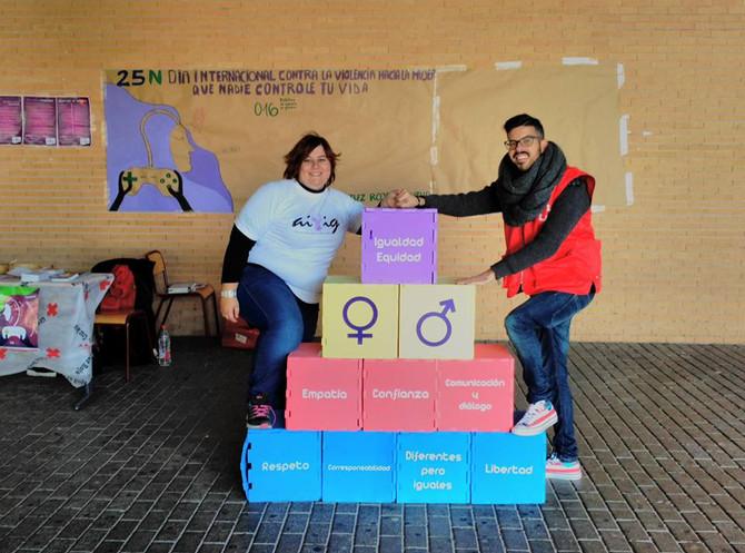 AIVIG y Cruz Roja en la Universidad de Alicante 25N